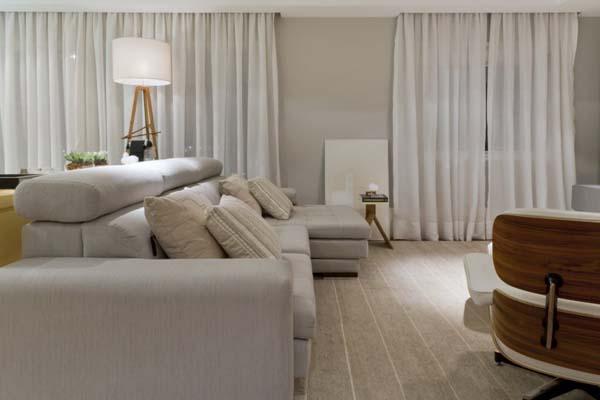 Elegante diseño interior de colores claros