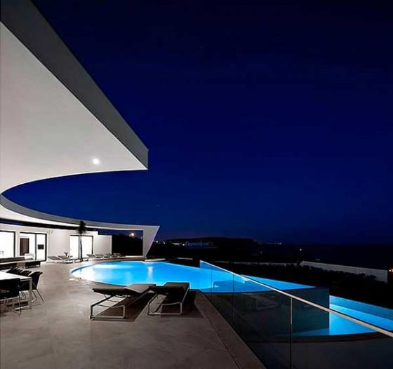 Casa Colunata por Mario Martins Piscina
