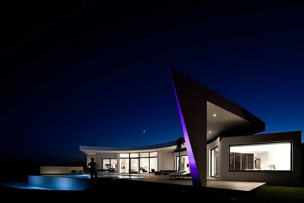 Muestra de Arquitectura Sorprendente Plasmada en Una Residencia Costera