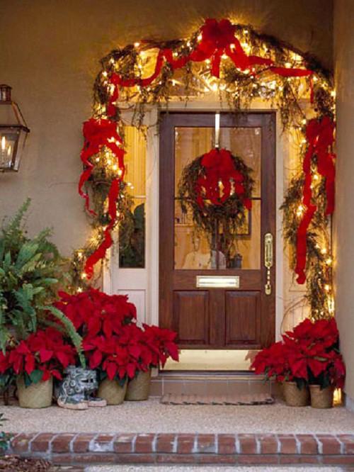 Decorando su fachada para esta navidad (1)