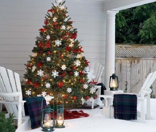 Decorando su fachada para esta navidad (5)