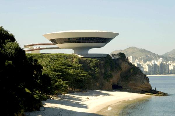 Arquitectura y ciencia ficcion una combinación rara pero razonable (9)
