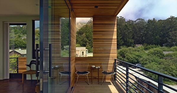 Casa moderna de madera a prueba de inundaciones by peek ancona (2)