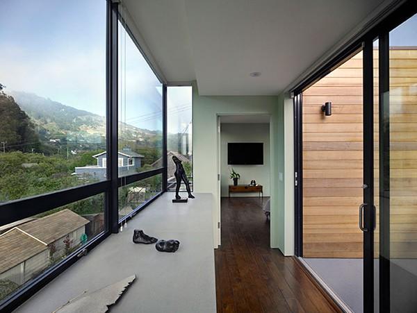 Casa moderna de madera a prueba de inundaciones by peek ancona (7)