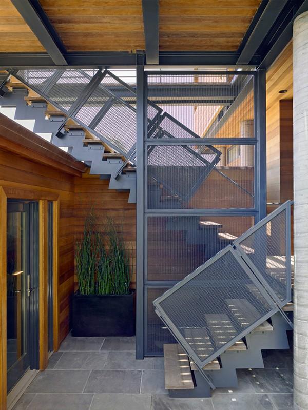 Casa moderna de madera a prueba de inundaciones by peek ancona (3)
