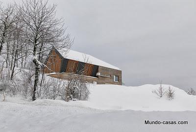 casa-minimalista-eslovenia nieve