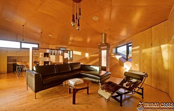 Interiores cocina y sala en la Casa 31_4 Room House (3)