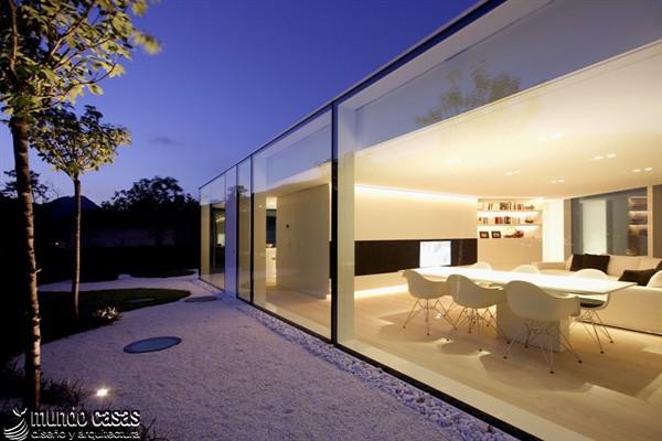 30 modelos de ventanas de piso a techo para tu hogar u oficina