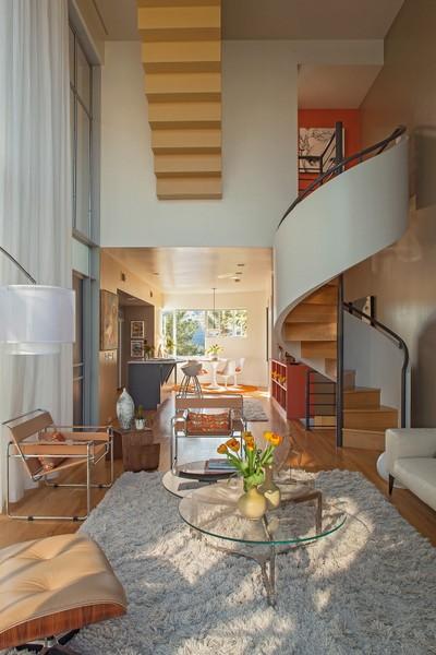 Bella y maravilosa residencia con finas inspiraciones italianas y griegas