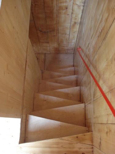 La homebox una excelente alternativa para construcciones de mas de un nivel en terrenos diminutos (12)