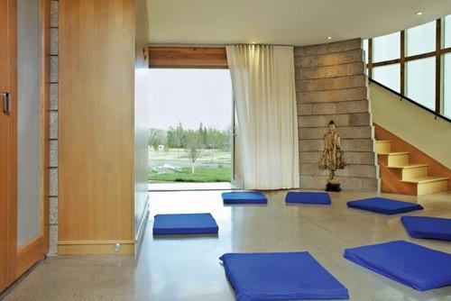 Maneras de crear tu propia habitacion de meditacion personal