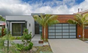 Remodelación de la residencia Lively en la ciudad de California con colores impactantes
