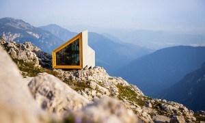 Casa de madera en los Alpes eslovenos:  un excelente refugio de la tormenta