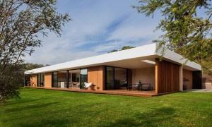 Blairgowrie 2: Casa en Australia de cristal y madera que muestra un estilo de modernidad al natural