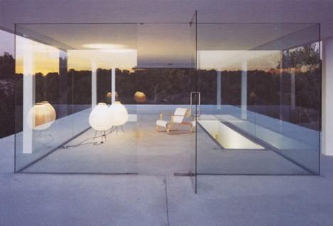 casa-minimalista-vidrio-concreto001