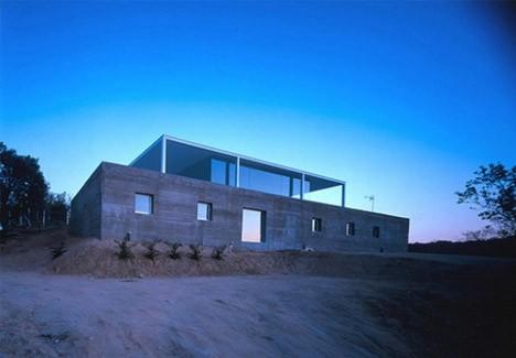 casa-minimalista-vidrio-concreto005