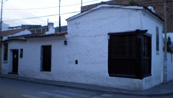 casas-coloniales-en-argentina01