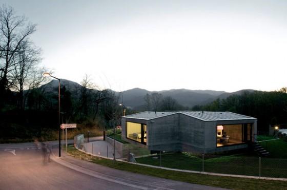Vista diagonal Pocafarina, casa en Girona, España