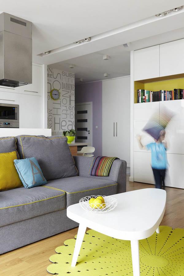 Imagen de apartamento lleno de color