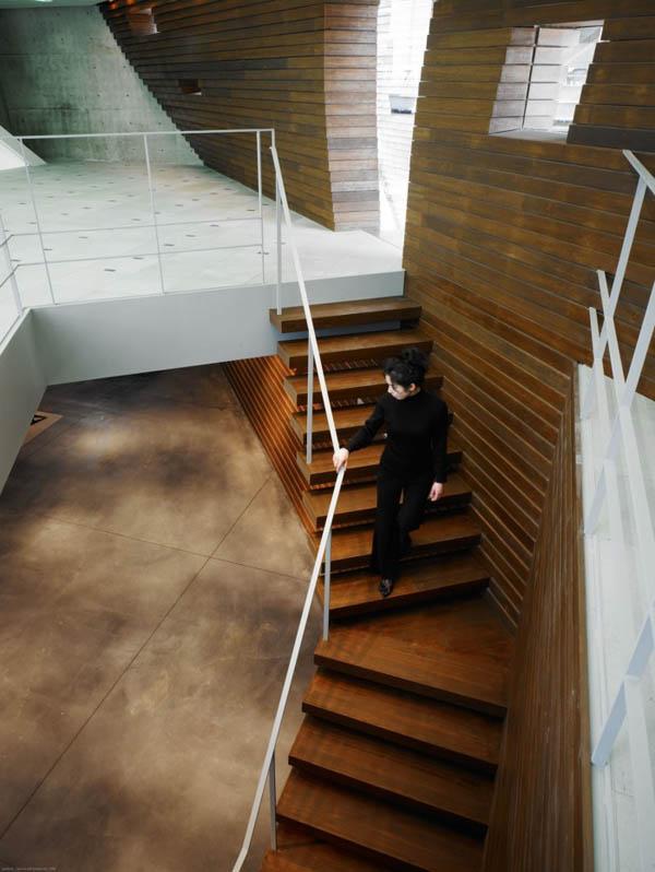 Protección para paredes de edificio en Tokio Japón (12)
