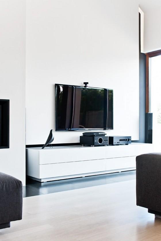 Diseño de interiores minimalista en casa de Polonia (10)