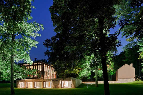 Casa colonial de mediados de siglo convertida en residencia de arquitectura diversa (3)