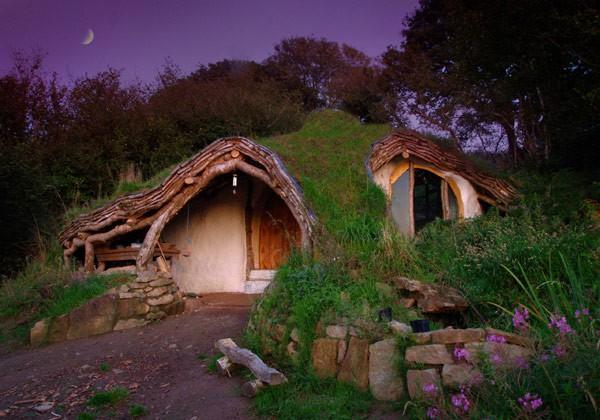 Fachadas de casas bajo la tierra (8)