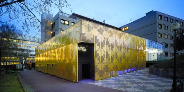 Construcciones con tonos dorados como el oro (3)