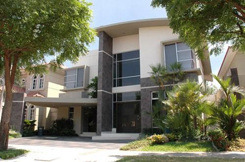 Fachadas de casas lujosas la verdadera comodidad (28)