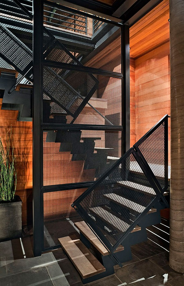 Casa moderna de madera a prueba de inundaciones by peek ancona (1)