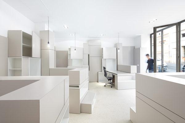 Decoracion de oficinas con la tecnica de bloques en francia