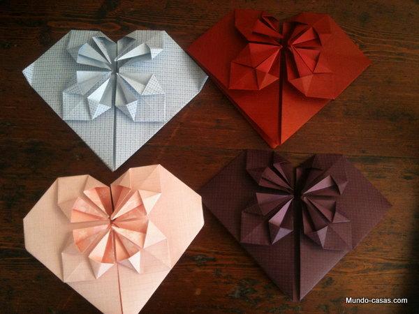 Decoración de interiores utilizando la técnica japonesa moldeadora de papel llamada origami