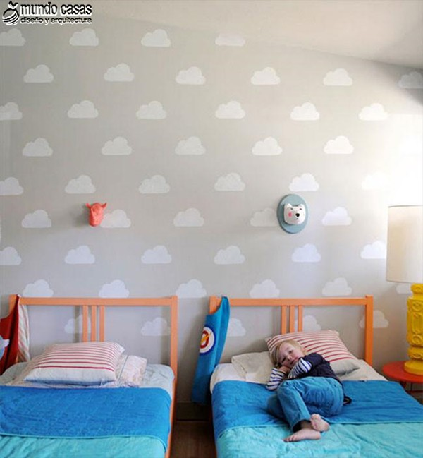 Idea artesanal para decorar una habitación infantil con nubes (4)