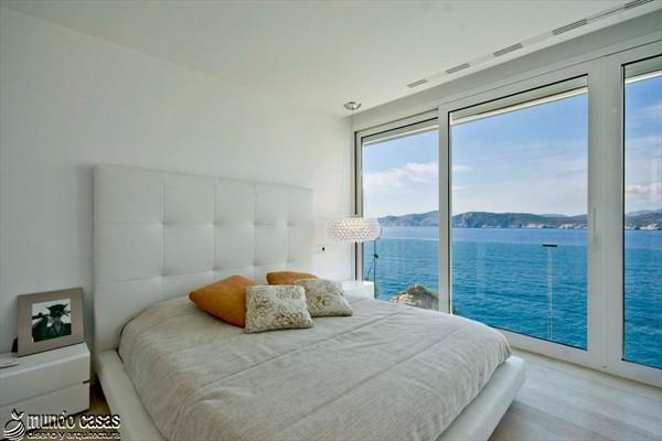 Exótica maravilla residencial en medio de suaves tonos azulados (11)