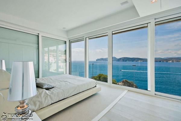 Exótica maravilla residencial en medio de suaves tonos azulados (9)