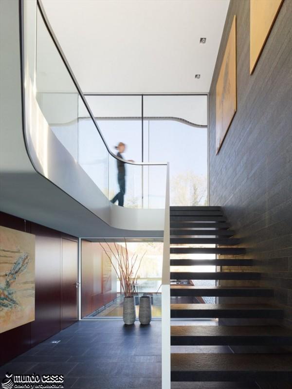 Minimalismo alemán puro en la casa G-12 por arch Freie Architekten  (8)