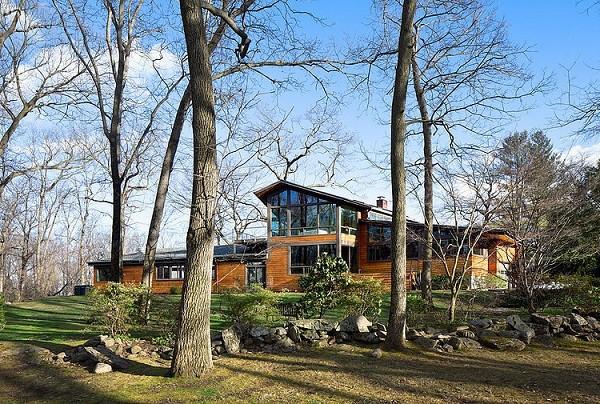 Precioso rancho residencial ubicado en los bosques de Saxon en NewYork