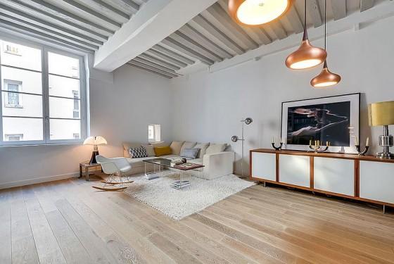 Interiores de apartamento decorado con elementos de cobre (5)