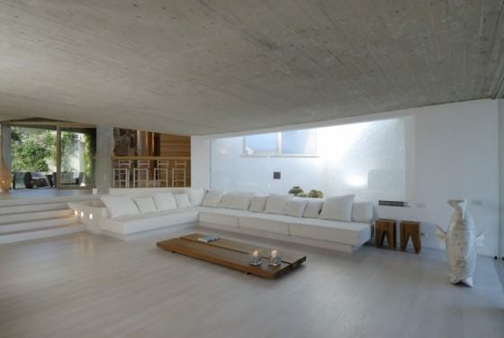 casa moderna con piscina y playa (5)