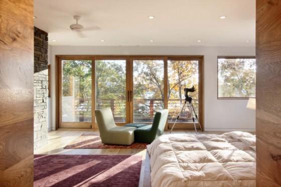 Una habitación totalmente iluminada
