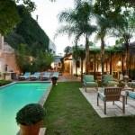 Homenaje a la belleza de las casas coloniales antiguas del XVI en Santo Domingo
