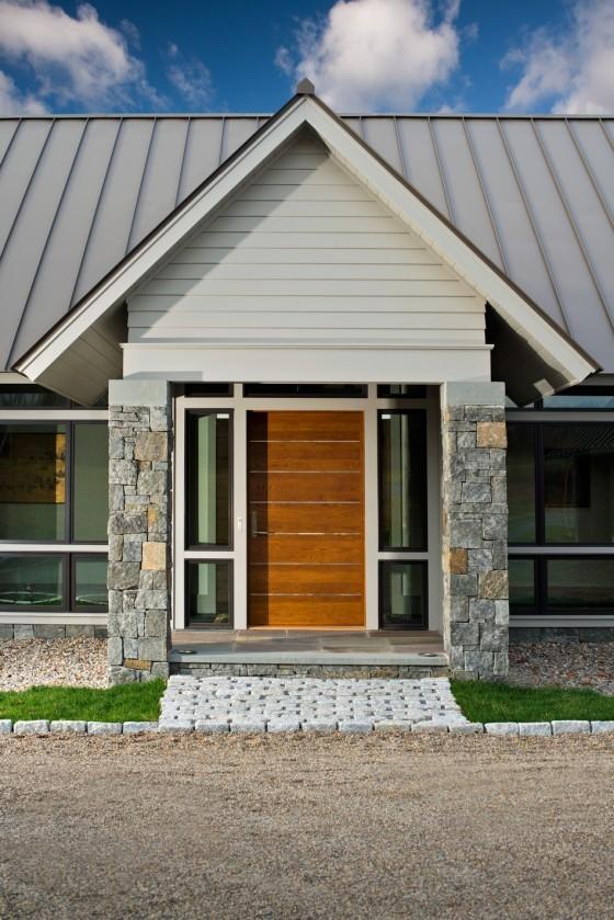 La fachada de la casa y el diseño moderno