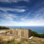 Solitaria Cabaña Moderna con un Entorno Único para el Descanso