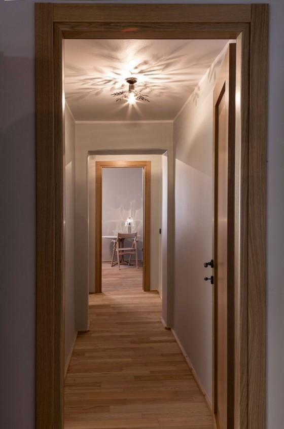 los pasillos están bien iluminados