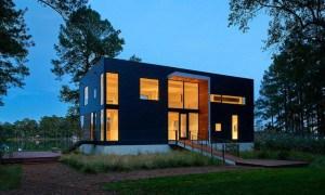 Una simple construcción que cumple con todos los requisitos de modernidad y descanso natural al mismo tiempo